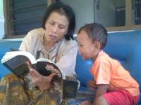 Cara Ampuh Menumbuhkan Kebiasaan Membaca