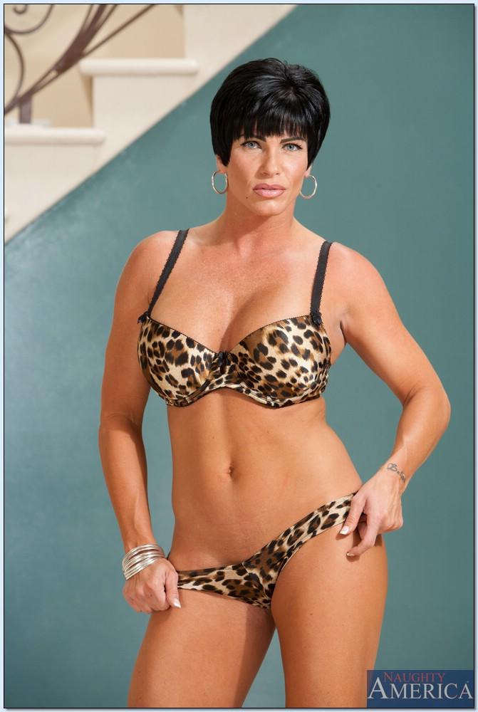 Shay Fox Bio and Pics | Hot Mature Women