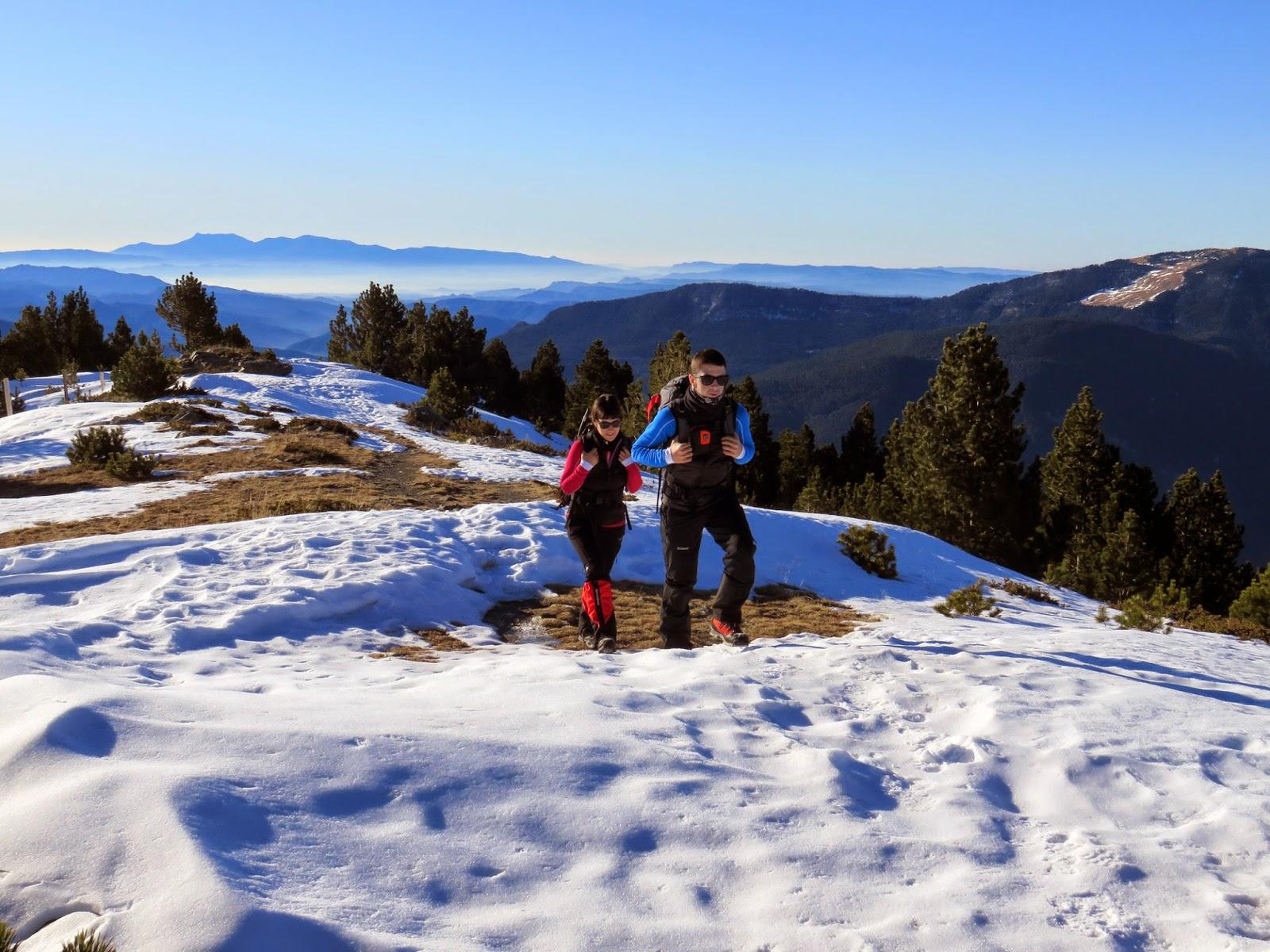 Carena de la Vaquerissa en la ascensión al Puigmal desde el Coll de les Barraques en invierno.