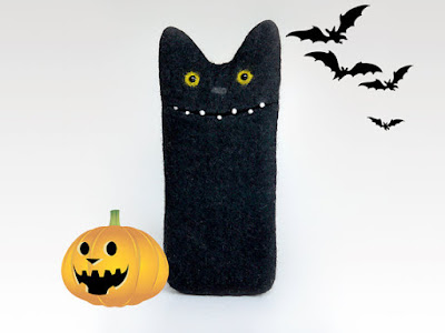 https://www.etsy.com/listing/250312395/boo-halloween-case-for-iphone-6s-black?ref=tre-2725321405-7