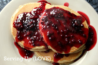 katherine's kitchen: serving up {breakfast}: blackberry syrup