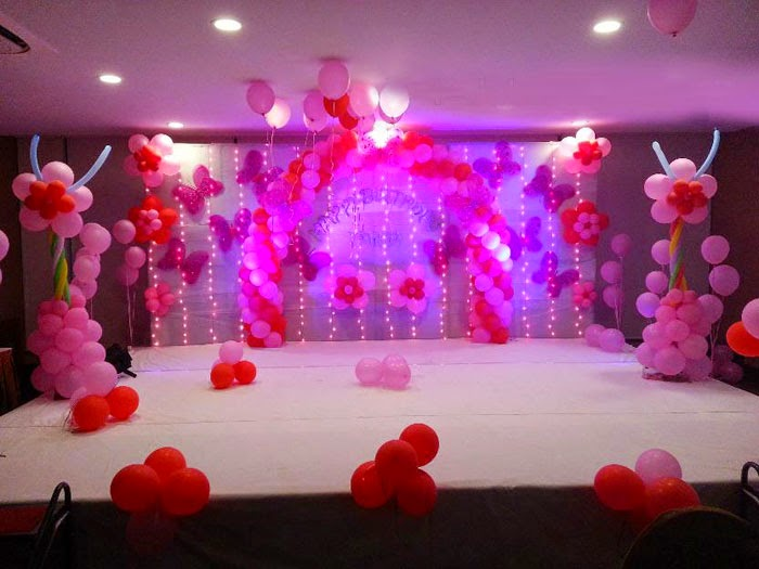 Normal backdrop for Balloon decoration ideas for 1st birthday party