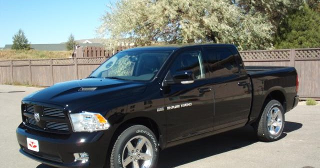 my view on cars and accessories 2012 dodge ram 1500. Black Bedroom Furniture Sets. Home Design Ideas