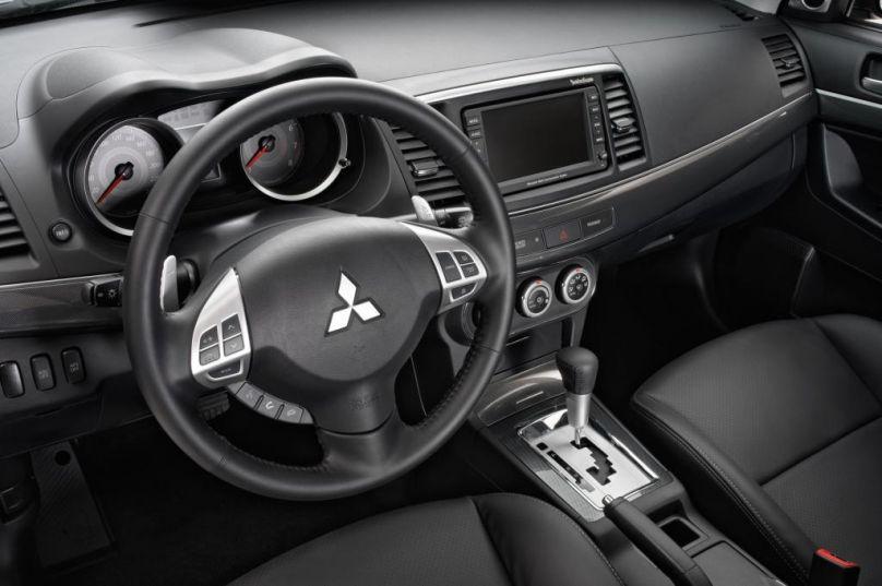 2012 Mitsubishi Lancer Sportbake interior