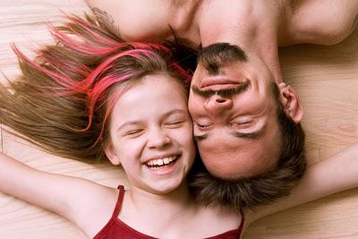 ... relación padre-hija y su relación con una vida saludable y feliz