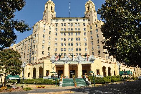 Features: Arlington Hotel