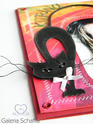 czarny kot z papieru z długimi rzęsami - kartka urodzinowa handmade