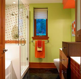 kamar+mandi+anak+warna+merah+dan+kuning Desain kamar mandi kecil cantik untuk anak anak