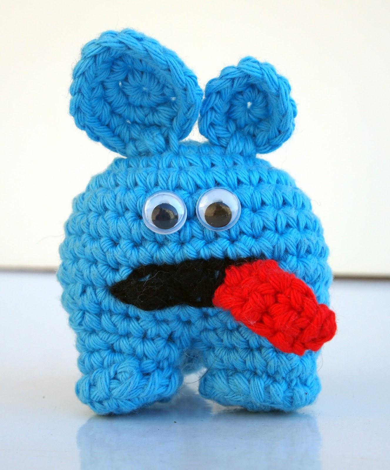 Tigerfrogg: Weird blue thing called Derick