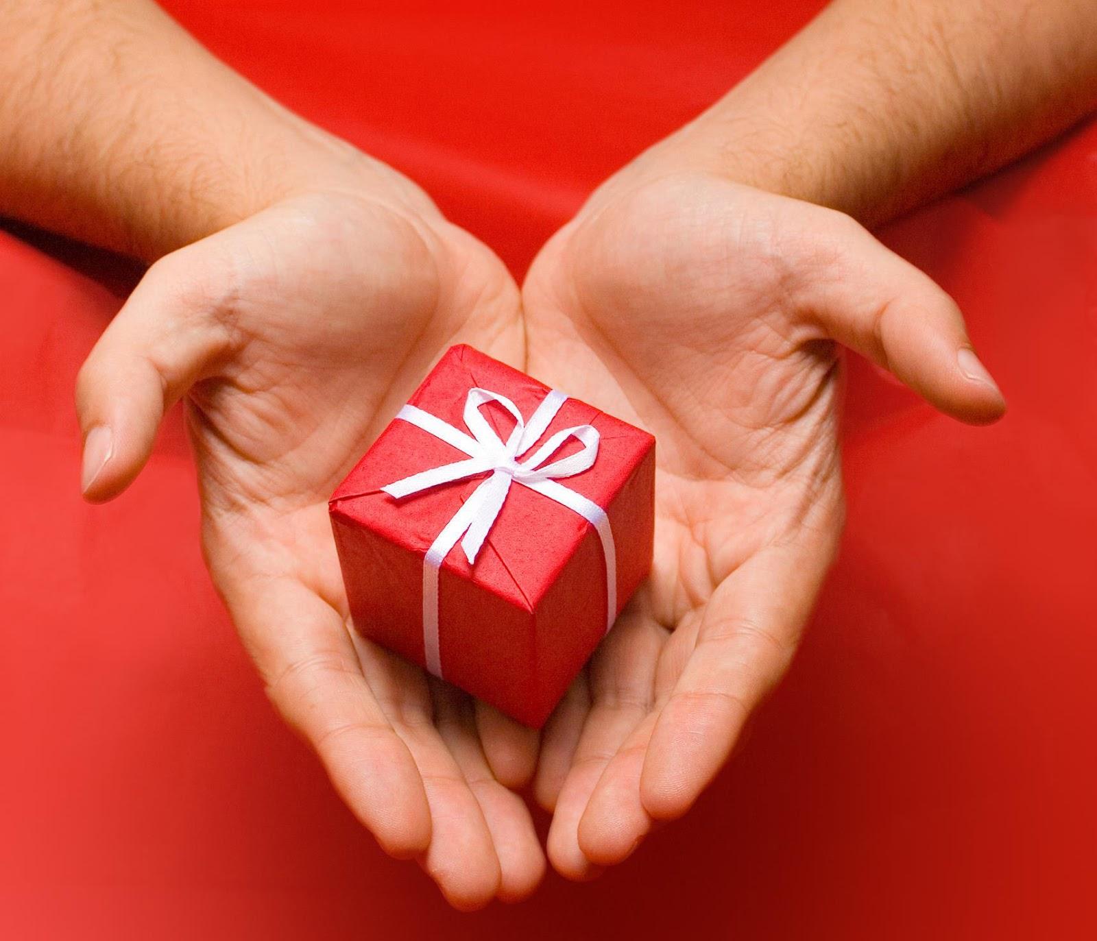 Как получить маленький подарок Как получить подарок Вконтакте бесплатно