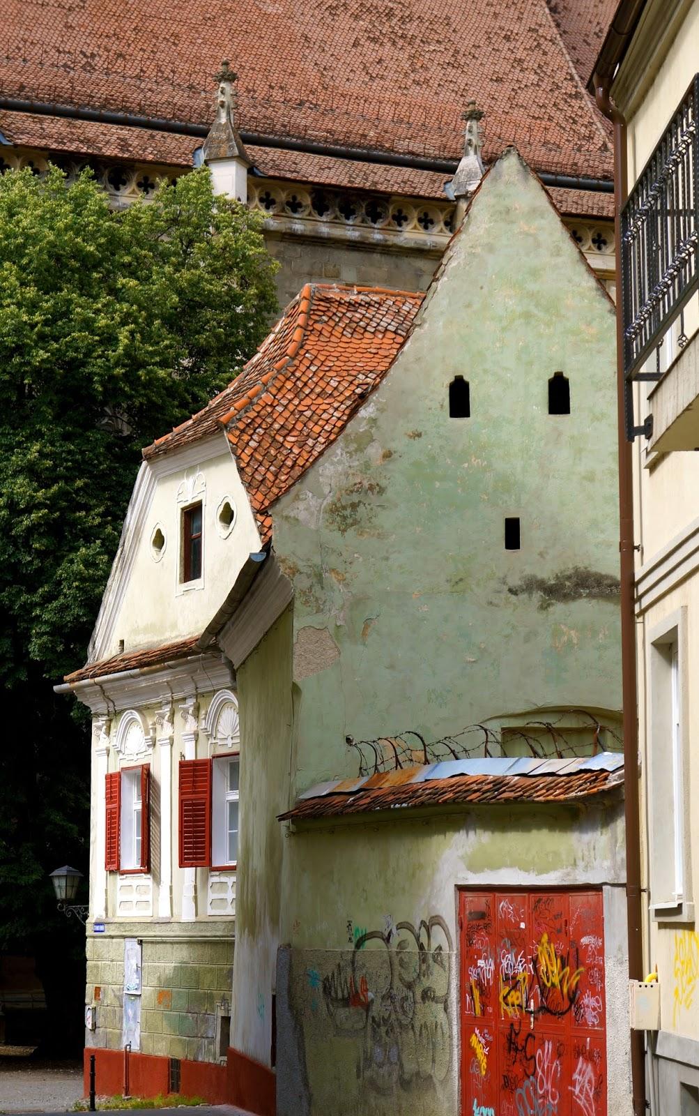 bella muzica restaurant,brasov,carpathian mountains, medieval town, old city hall,romania,sinai a,the black church,transylvania