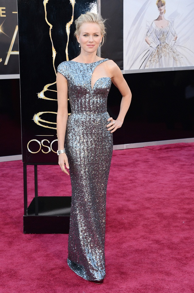 Naomi Watts - Celebrity Fashion at the 2013 Oscars