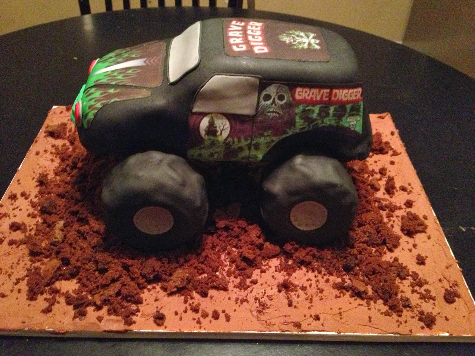 How To Make A Monster Truck Tire Cake