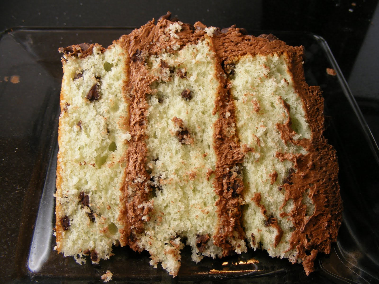 The Virtual Goody Plate: Mint Chocolate Chip Cake