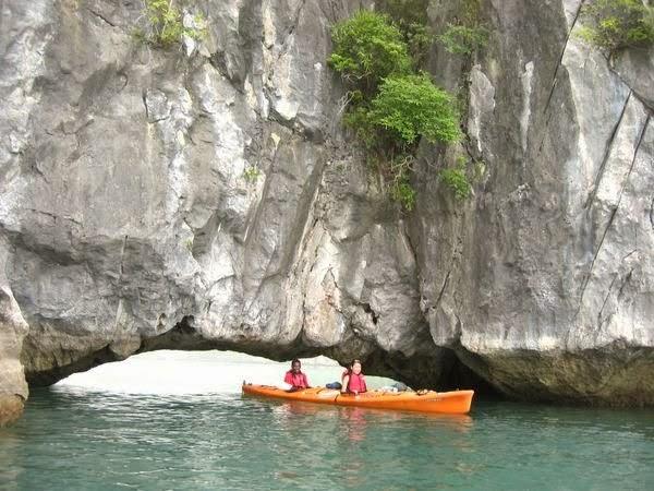 Kayaking Halong 4