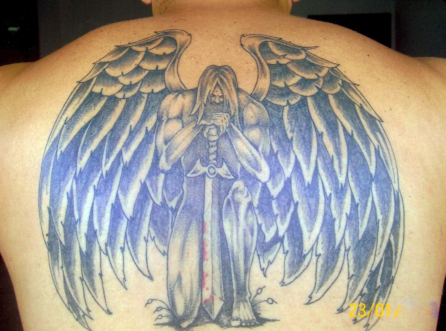 Super Cr Tattoo Studio: anjo GG58