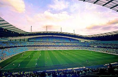 "<a href="" http://1.bp.blogspot.com/-BUXvj-CY4RY/UOQwCXWnAuI/AAAAAAAAA4g/s8CDi9NemJc/s400/Etihad+Stadium.jpg""><img alt=""sepakbola,stadion, The Best Football Stadiums"" src=""http://1.bp.blogspot.com/-BUXvj-CY4RY/UOQwCXWnAuI/AAAAAAAAA4g/s8CDi9NemJc/s400/Etihad+Stadium.jpg""/></a>"