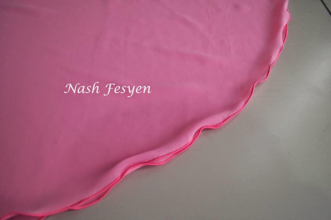 shawl half moon warna pink