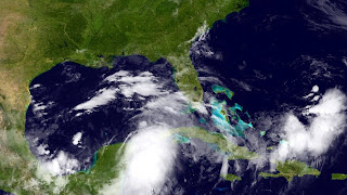 National Hurricane Center satellite photo of the gulf of mexico as of June 22, 2012.