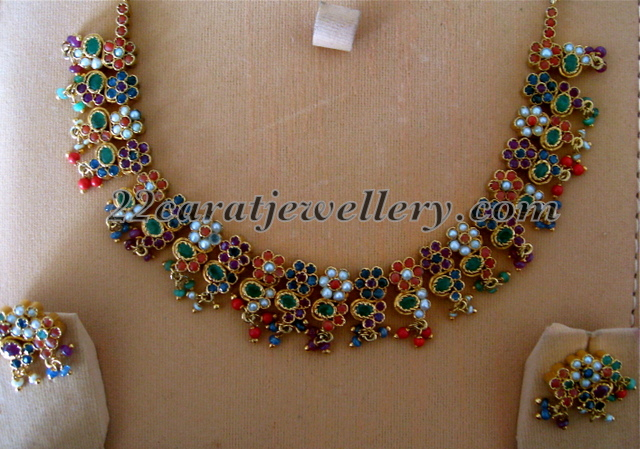 Dull Finish Work Navaratna Necklace