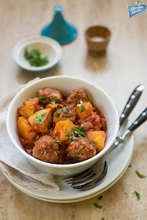 Potrawka z klopsików i ziemniaków