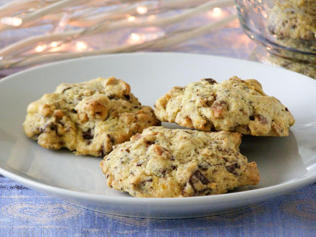 maple•spice: Dark Chocolate Orange Hazelnut Cookies