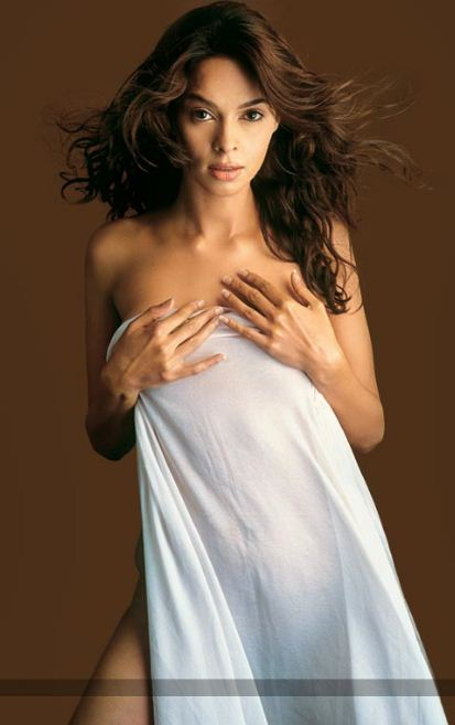 Indian Actress Malika Sherawat Sex