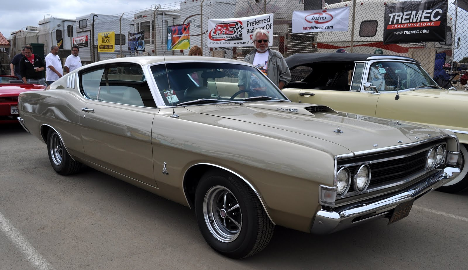 just a car guy 1969 ford fairlane might be a cobra or. Black Bedroom Furniture Sets. Home Design Ideas