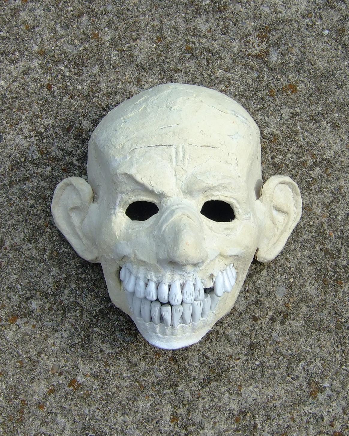 http://1.bp.blogspot.com/-BVXgsG62DBg/UAHnoZLSHkI/AAAAAAAAAw0/dfBKIees6FY/s1600/ZombieHead.JPG