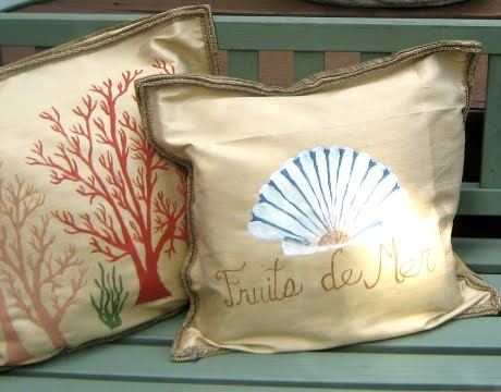 painted pillows free hand