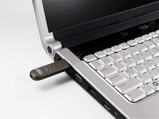 حل مشكلة عدم التعرف على مفتاح USB في ويندوز 10