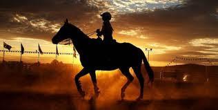 serunya wisata naik kuda di malino