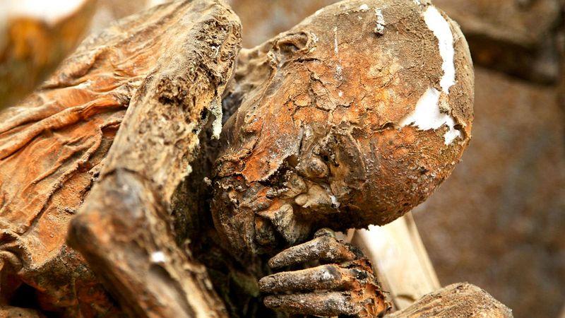 aseki-mummies-9
