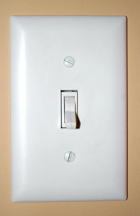 2292light_switch.jpg