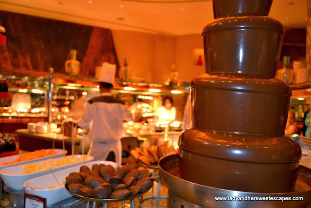 chocolate fondue at Kaleidoscope
