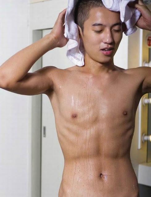 Naked asian boys