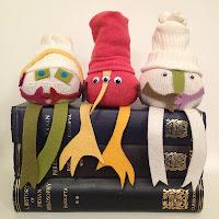 http://www.colouredbuttons.com/2015/08/the-odd-bods-no-sew-sock-dolls.html