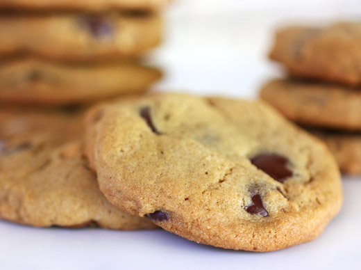 lisa is cooking: Chunky Peanut, Chocolate, and Cinnamon Cookies