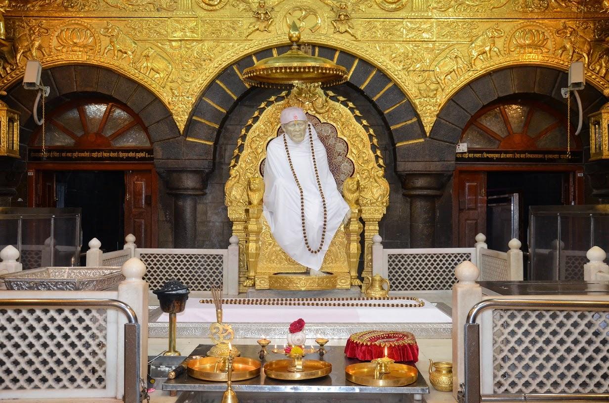sai darshan baba as seen in samadhi mandir during the. Black Bedroom Furniture Sets. Home Design Ideas