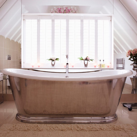Loft bathroom attic conversion remodel pedestal bathtub for Loft country shower curtains for the bathroom