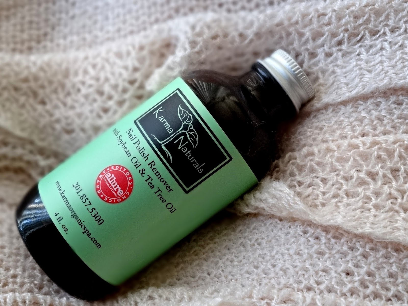 Karma Naturals Nail Polish Remover With Soybean Oil and Tea Tree Review, Photos