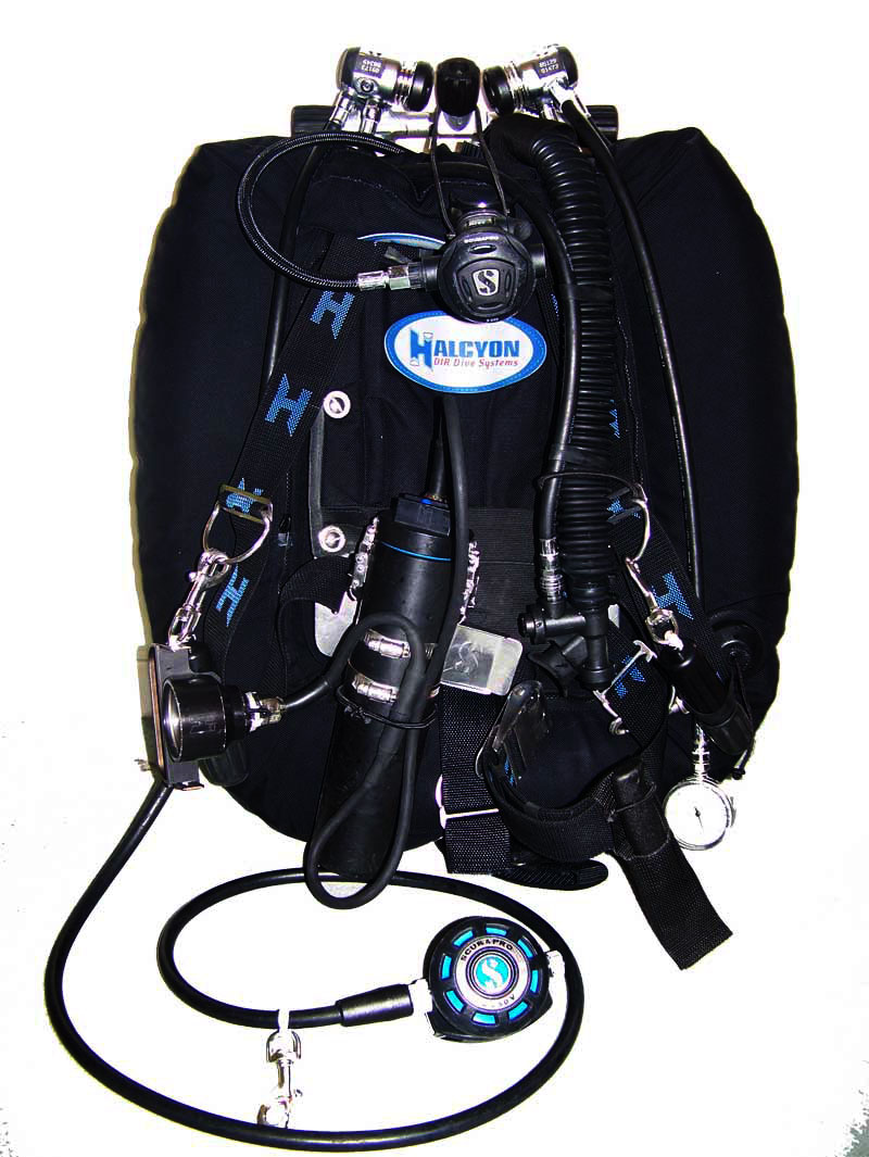 What 39 s in my dive bag i are diver - Halcyon dive gear ...