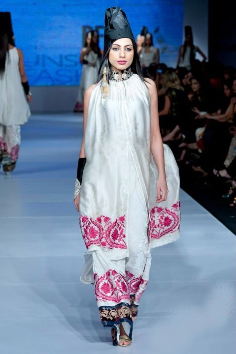 Flapper style dresses in pakistani