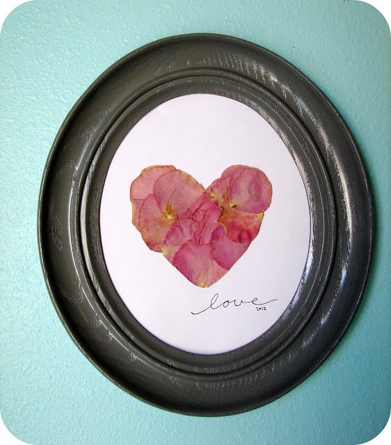 pressed petal heart picture