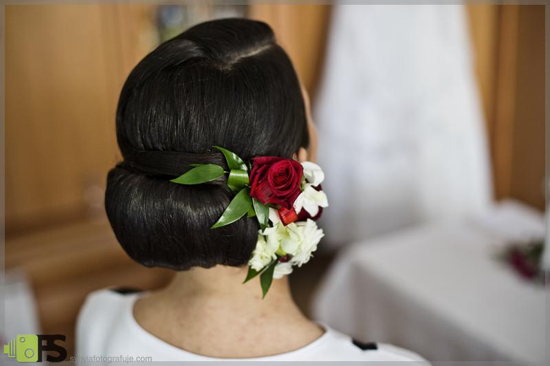 Ślubny stroik do włosów