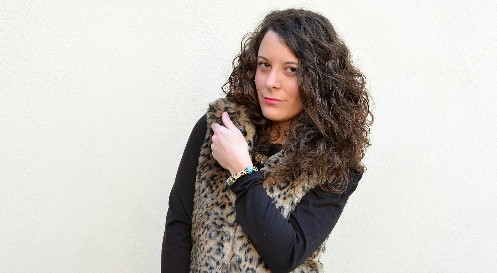 fur vest, blogger, look, chaleco, pelo, castellon, mi vestido azul, outfits, lbd, fashion blog