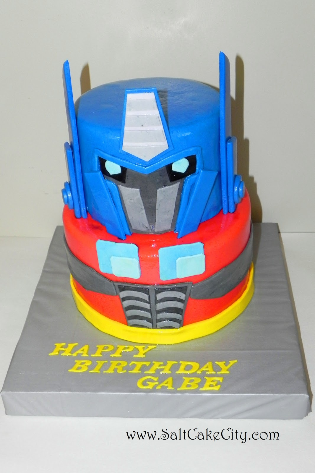 Transformers Cake Decorations Uk : Salt Cake City: Optimus Prime Transformer Birthday Cake