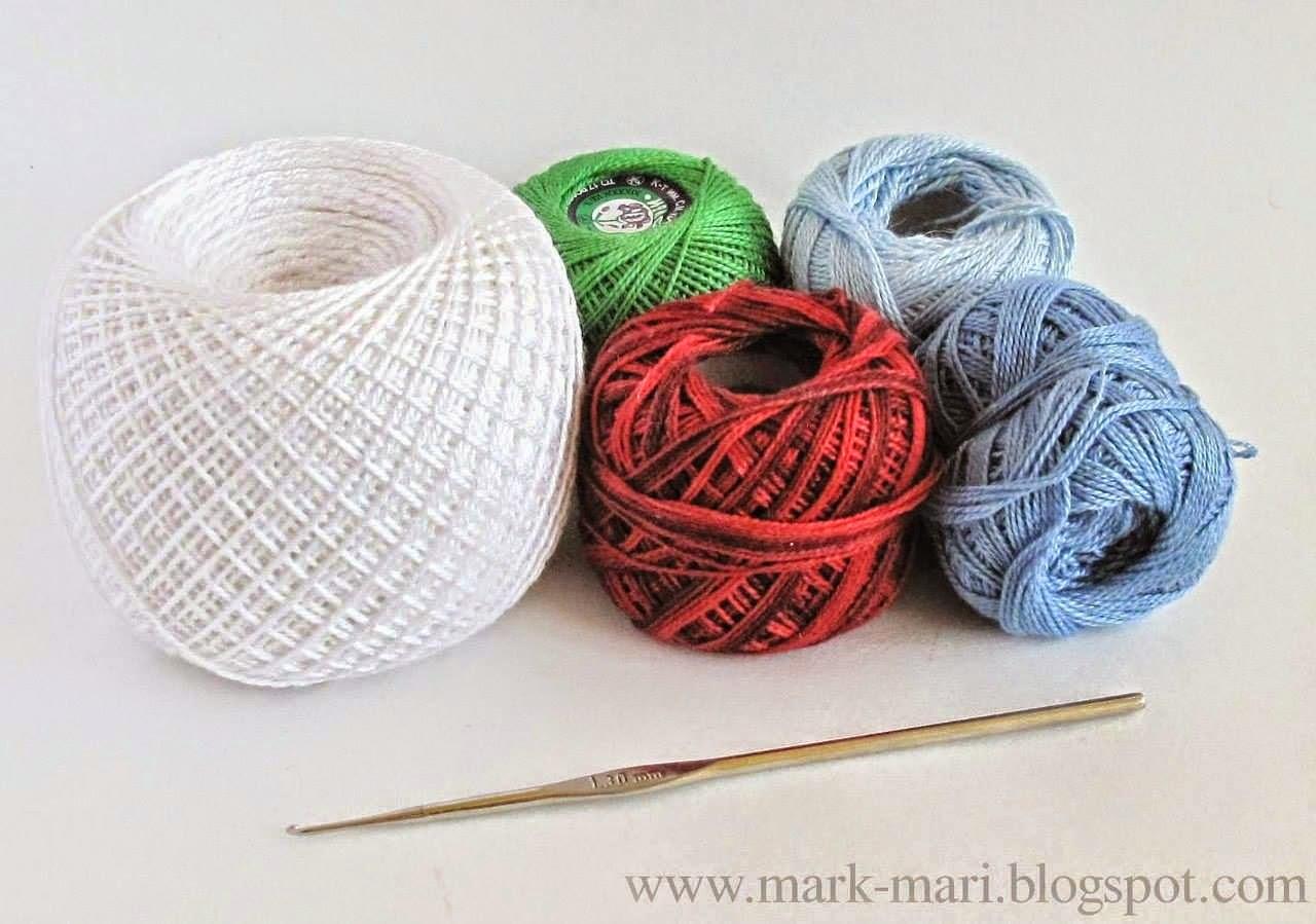 Flores en tres colores tejidas al crochet decoradas con perlas - con diagrama y paso a paso