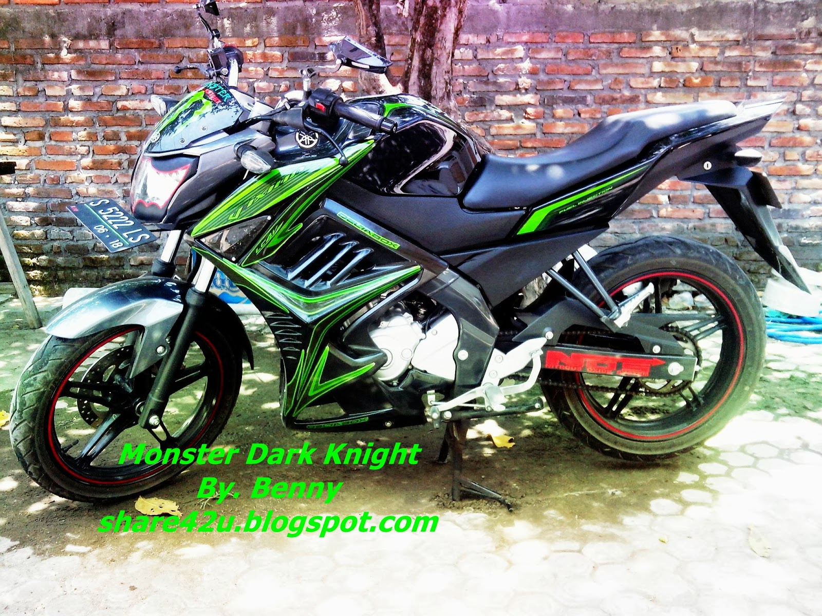 Share42u Modifikasi New Vixion Monster Dark Knight