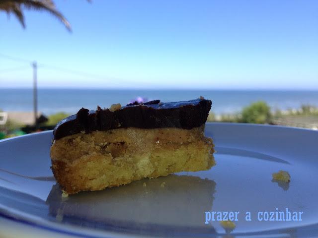 prazer a cozinhar - bolo de bolacha, caramelo e chocolate